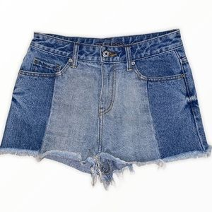 GUESS Two Tone Raw Hem Distressed Shorts Size 26